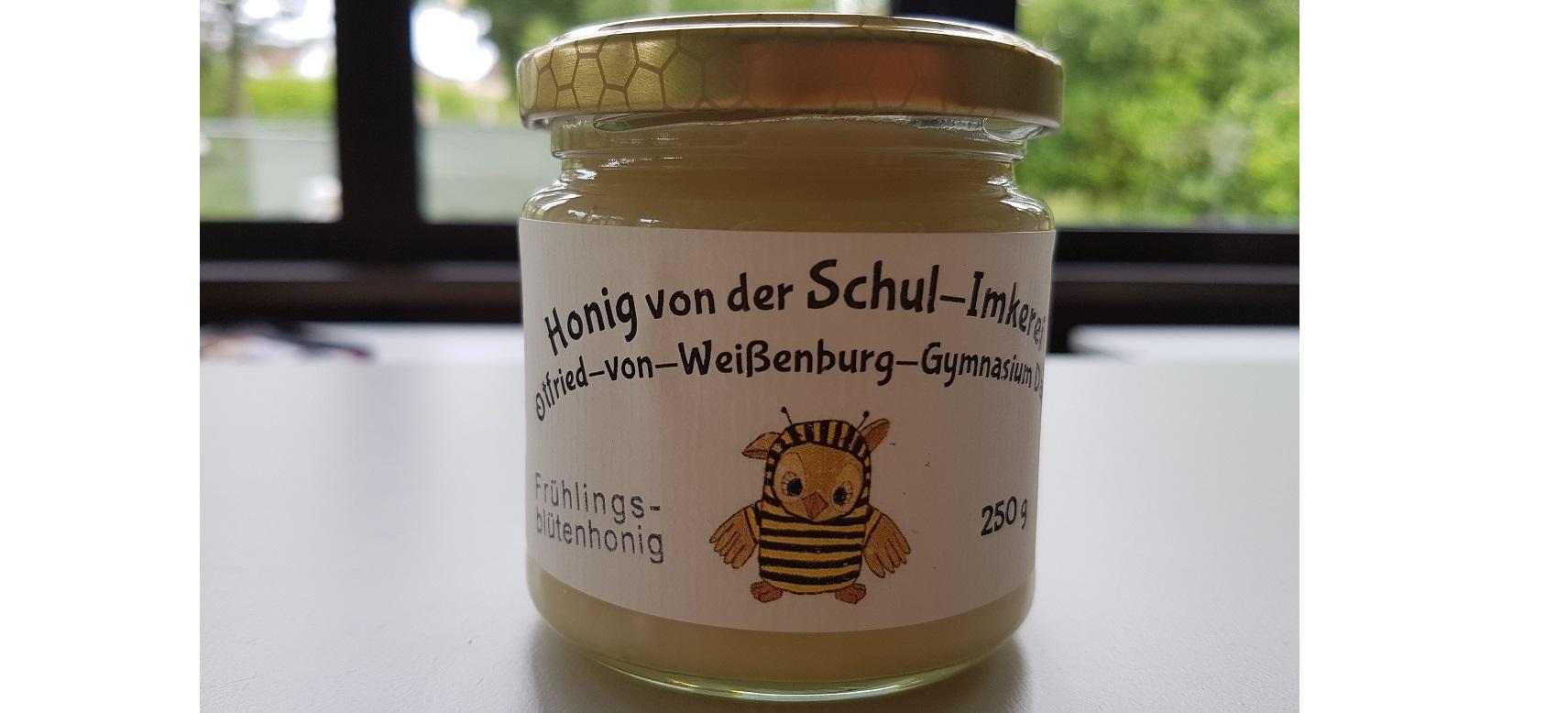 Bienen-AG-erster-Honig 2020-1